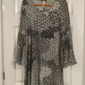 Sheath dress with long sleeve flare arms